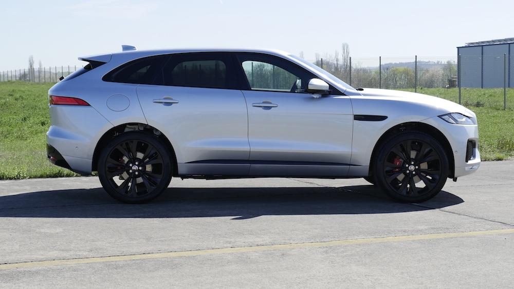 JaguarFPACE-S-V6-autogefuehl16
