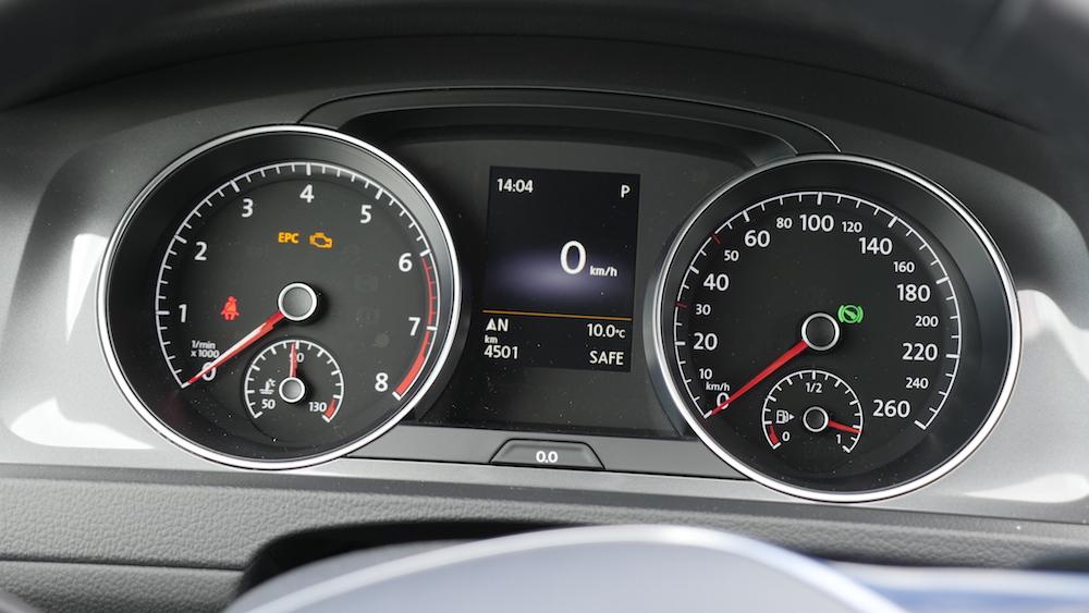 VW_Volkswagen_Golf_Alltrack_PacificBlueMetallic_10