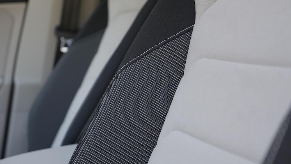 VolkswagenTiguan_interior_004