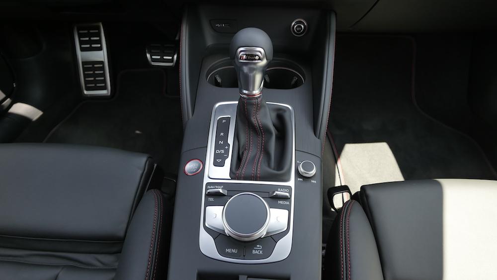 AudiS3_Limousine_DaytonaGrauPerleffekt_002