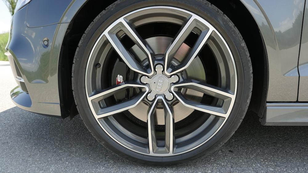 AudiS3_Limousine_DaytonaGrauPerleffekt_012