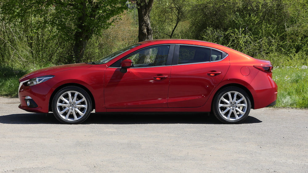 Mazda3_LImousine_13
