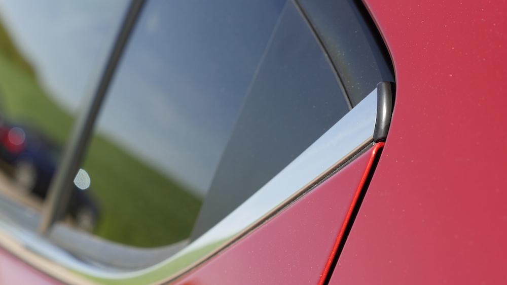 Mazda3_LImousine_14