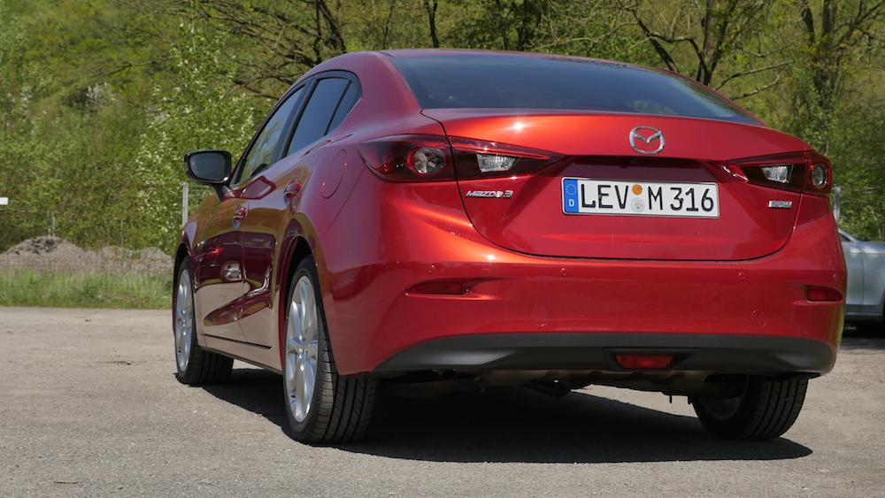 Mazda3_LImousine_15