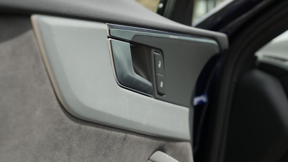 AudiS4_Avant-NavarraBlau003