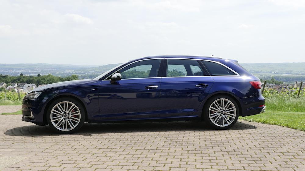 AudiS4_Avant-NavarraBlau005