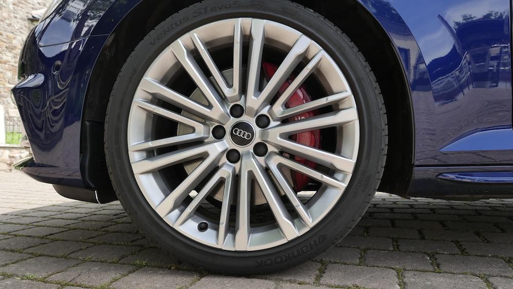 AudiS4_Avant-NavarraBlau006