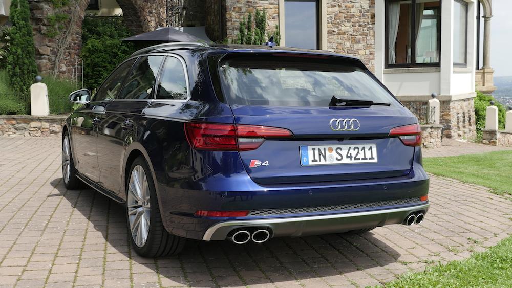 AudiS4_Avant-NavarraBlau008