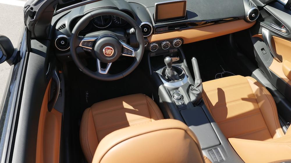 Fiat124Spider-neu-020