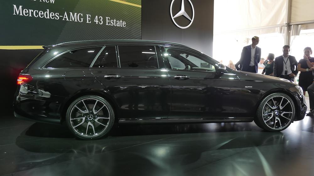 MercedesAMGE43AMG_T-Modell001
