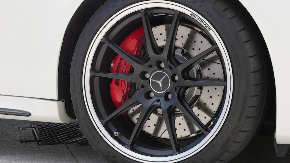 MercedesC-Klasse_Cabriolet_C63S_3