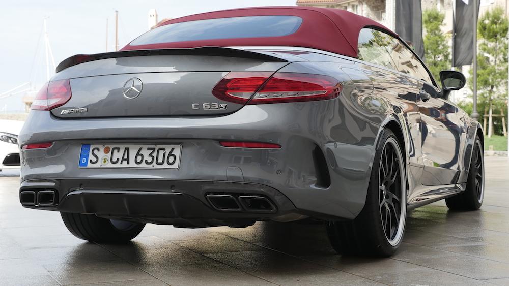 MercedesC-Klasse_Cabriolet_C63S_grau3