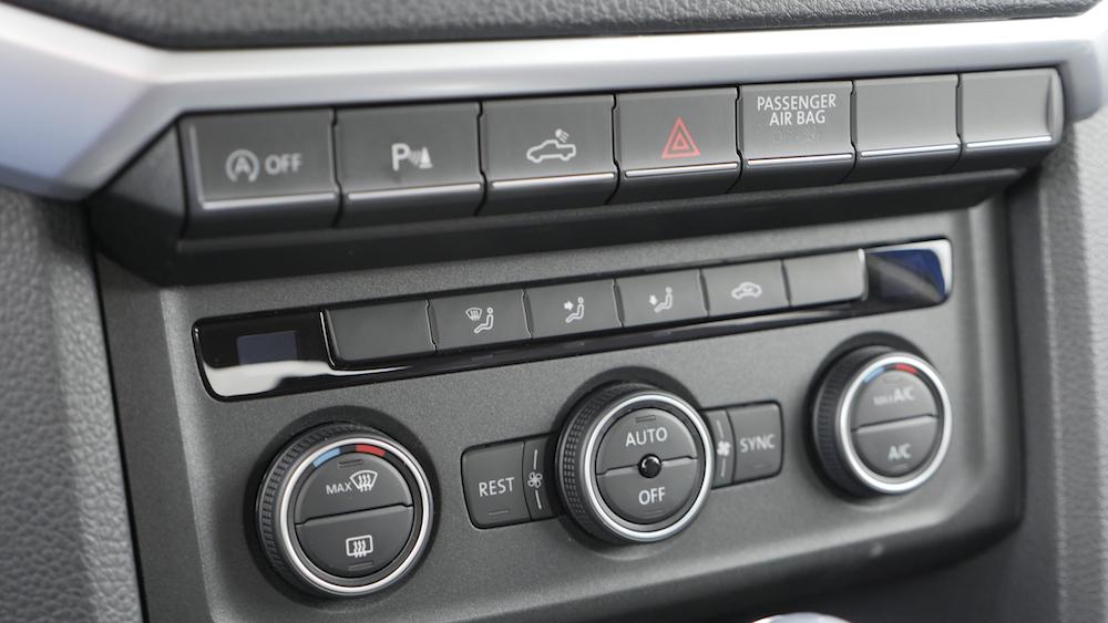 VolkswagenAmarokAventura_Facelift_015