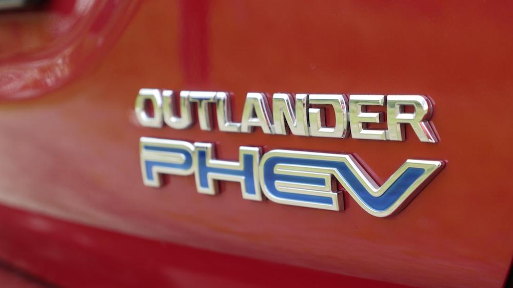 MitsubishiOutlanderPHEV_autogefuehl14