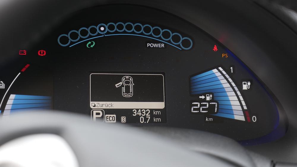 NissanLeaf_30kwh_autogefuehl_08