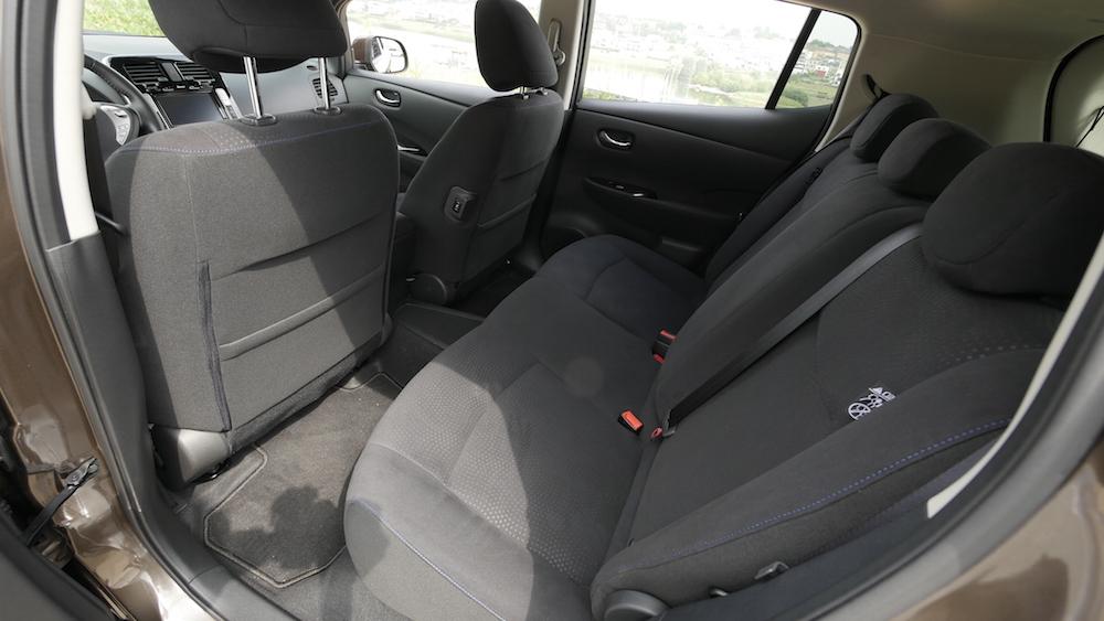 NissanLeaf_30kwh_autogefuehl_12