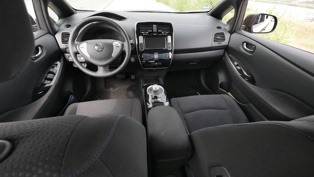 NissanLeaf_30kwh_autogefuehl_17
