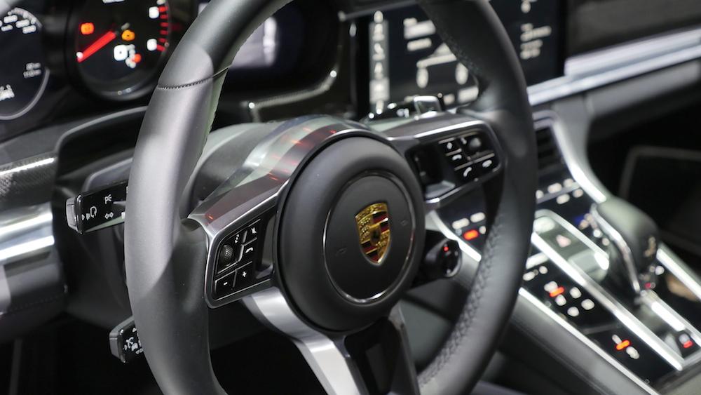 PorschePanamera_neu_017