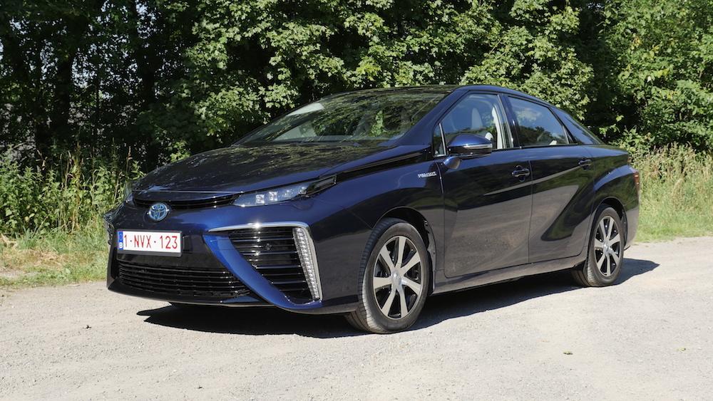 ToyotaMirai_Brennstoffzelle05