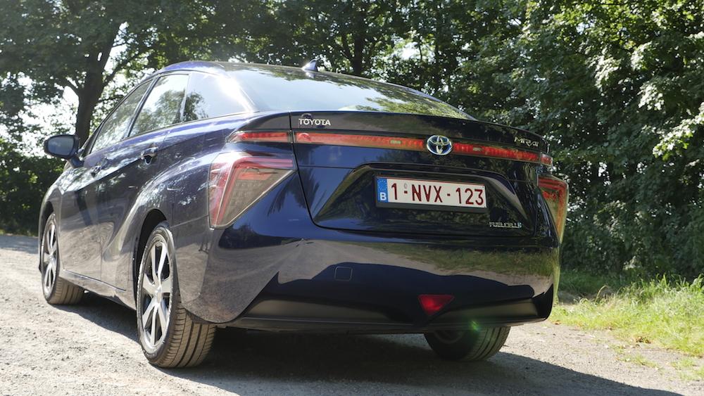 ToyotaMirai_Brennstoffzelle11