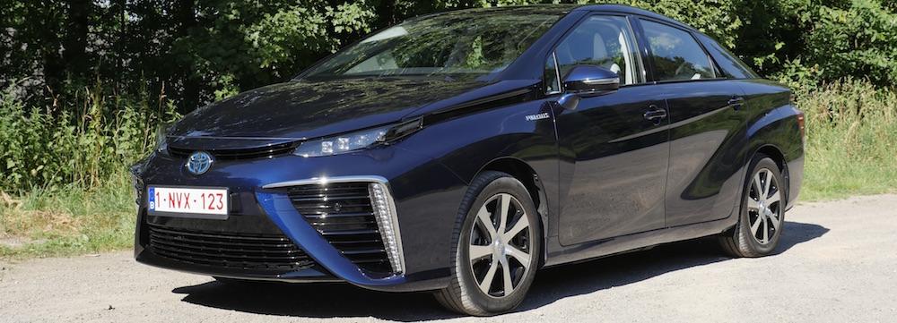 ToyotaMirai_Brennstoffzelle13