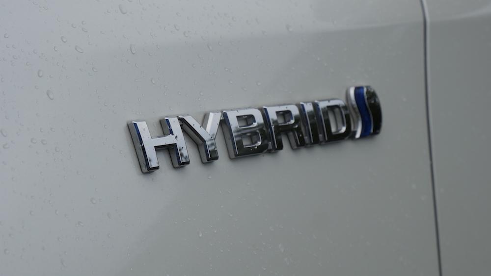 ToyotaRav4_hybrid_autogefuehl06