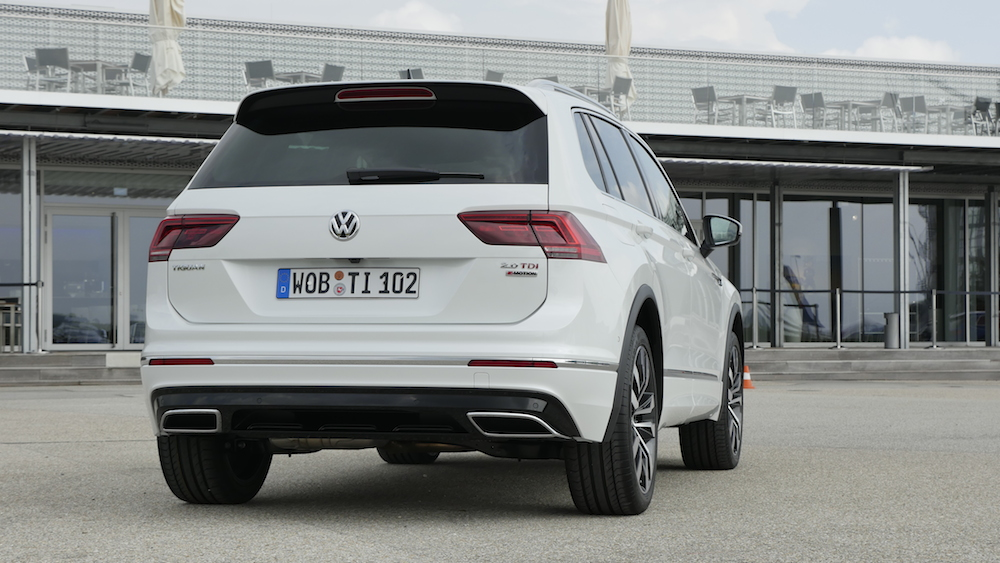 vw tiguan r line 240 ps diesel testbericht autogef hl. Black Bedroom Furniture Sets. Home Design Ideas