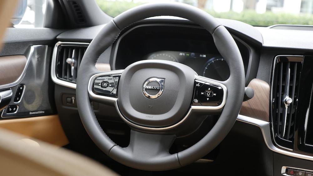VolvoS90_Inscription009