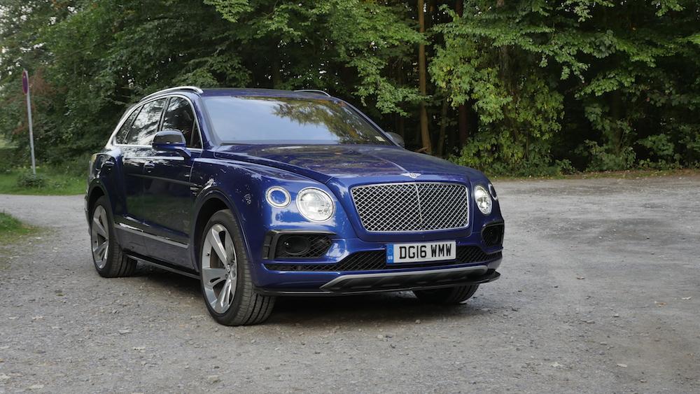BentleyBentayga_MarokkoBlau_autogefuehl01