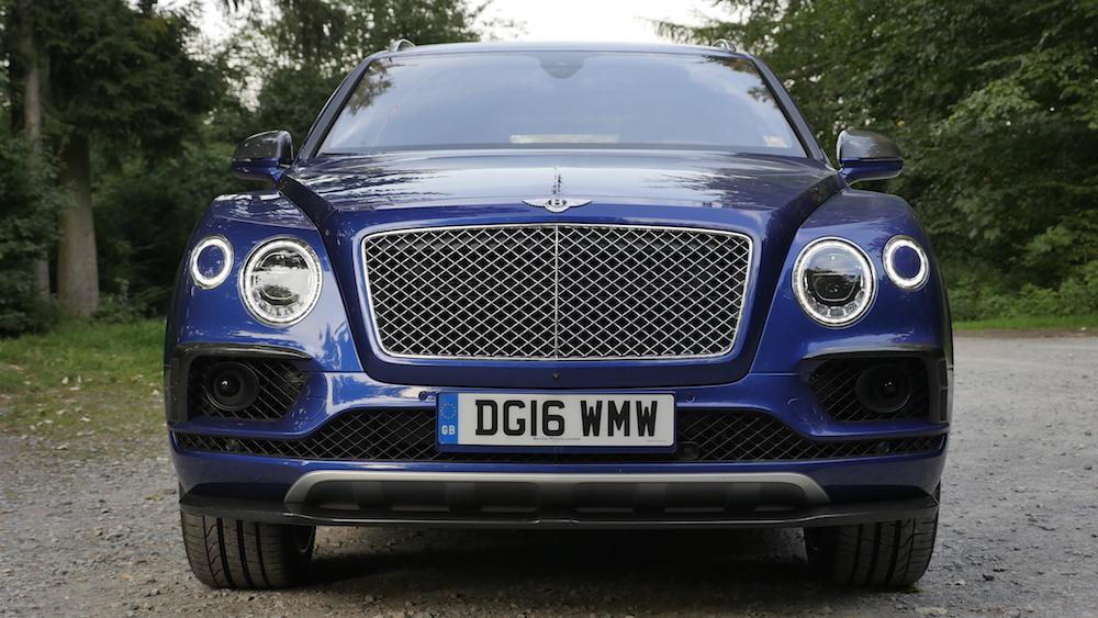 BentleyBentayga_MarokkoBlau_autogefuehl02