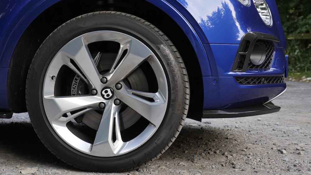 BentleyBentayga_MarokkoBlau_autogefuehl06