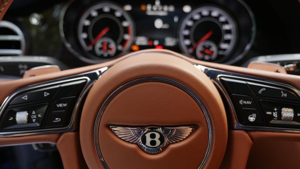 BentleyBentayga_MarokkoBlau_autogefuehl12