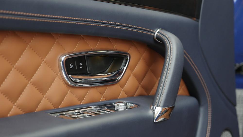 BentleyBentayga_MarokkoBlau_autogefuehl20