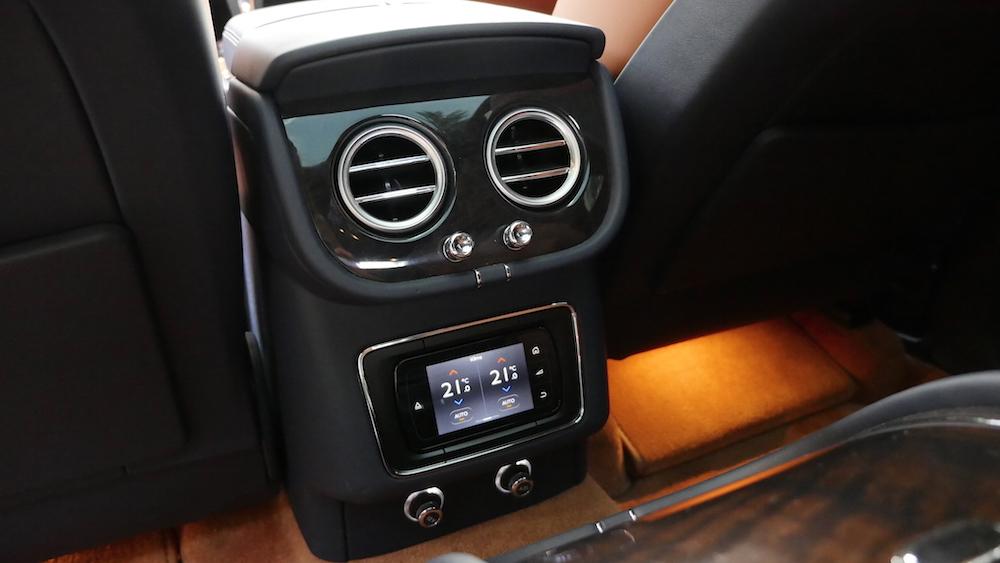 BentleyBentayga_MarokkoBlau_autogefuehl23