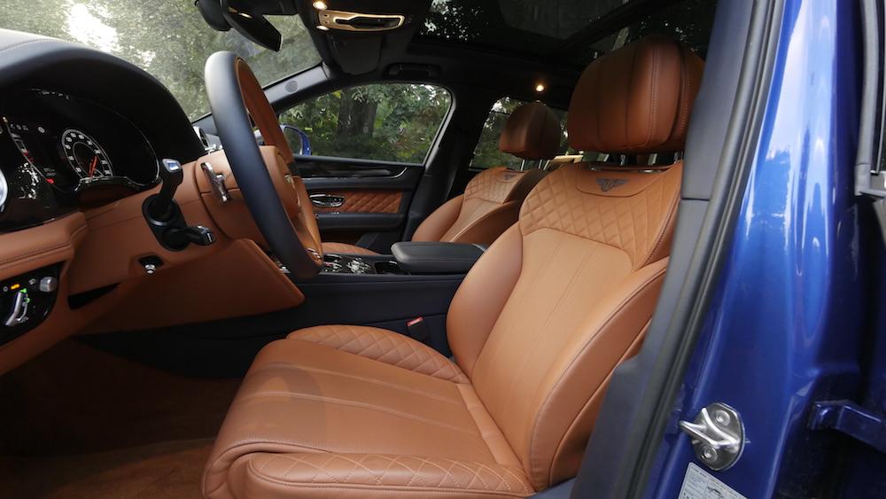 BentleyBentayga_MarokkoBlau_autogefuehl27