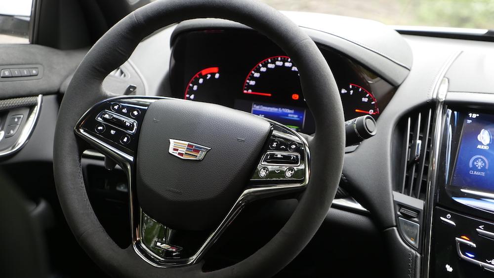 CadillacATS-V_Limousine_autogefuehl05
