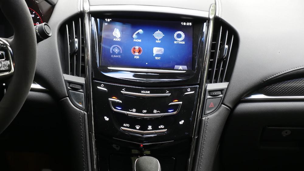 CadillacATS-V_Limousine_autogefuehl06