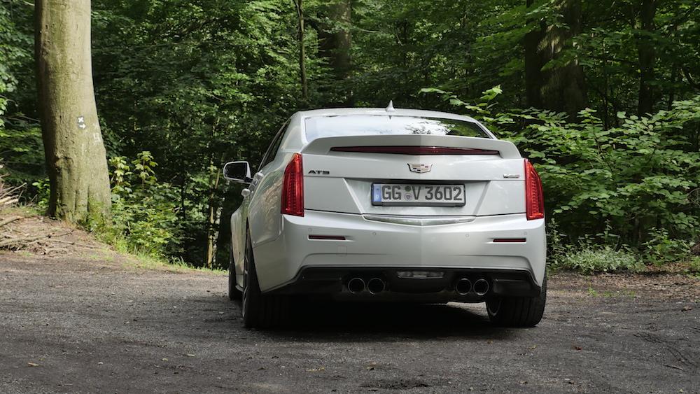 CadillacATS-V_Limousine_autogefuehl10