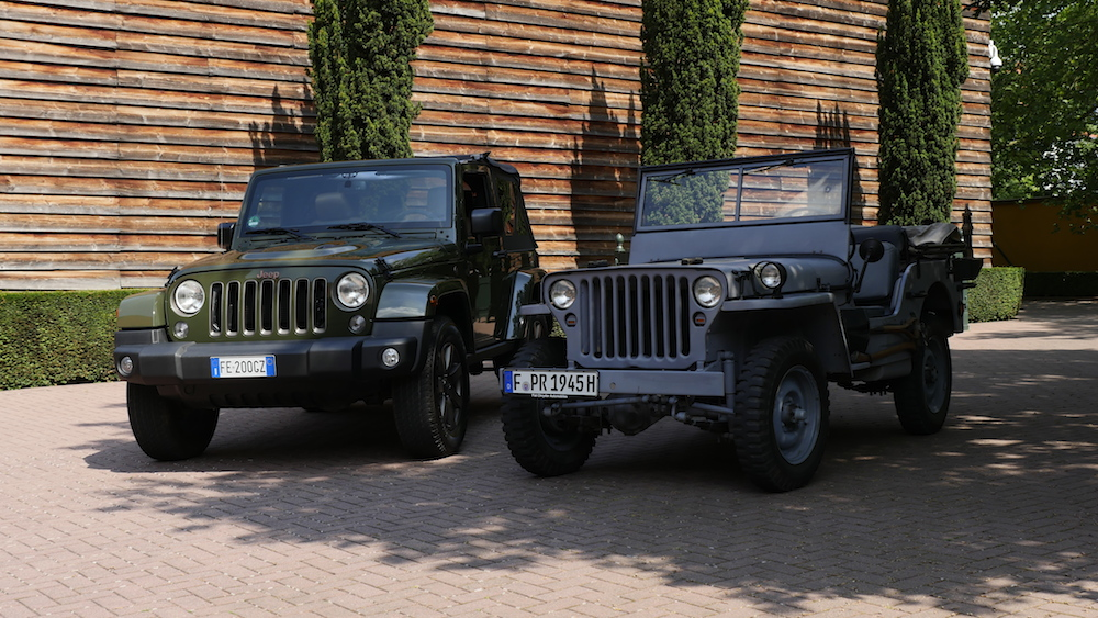 JeepWrangler75anniversary_vs_WillysMB017