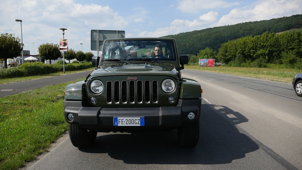 JeepWrangler75anniversary_vs_WillysMB018