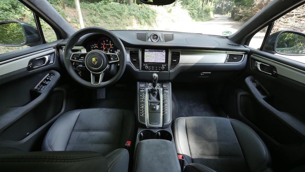 PorscheMacanGTS03
