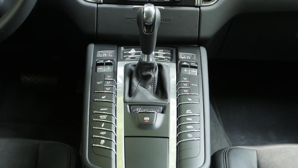 PorscheMacanGTS07
