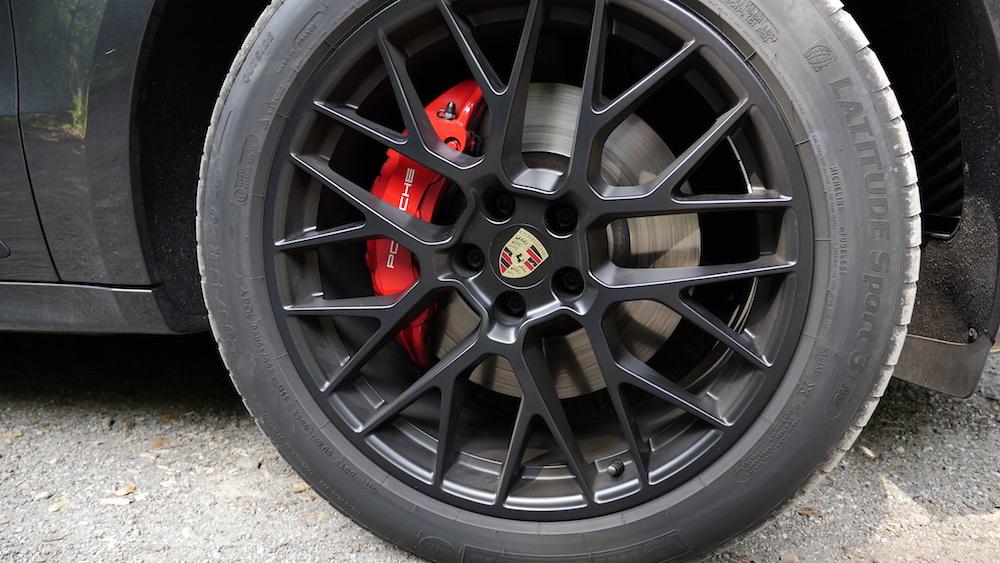 PorscheMacanGTS09