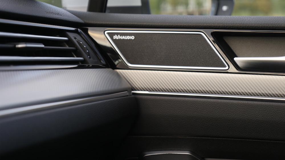 volkswagen passat r line variant b8 testbericht autogef hl. Black Bedroom Furniture Sets. Home Design Ideas