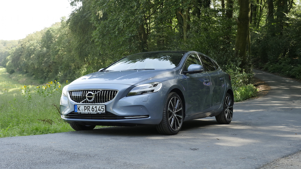 VolvoV40Facelift_ThorsHammer_07