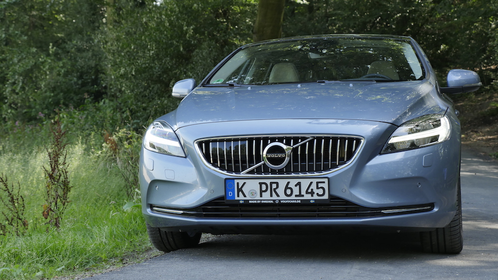 VolvoV40Facelift_ThorsHammer_08