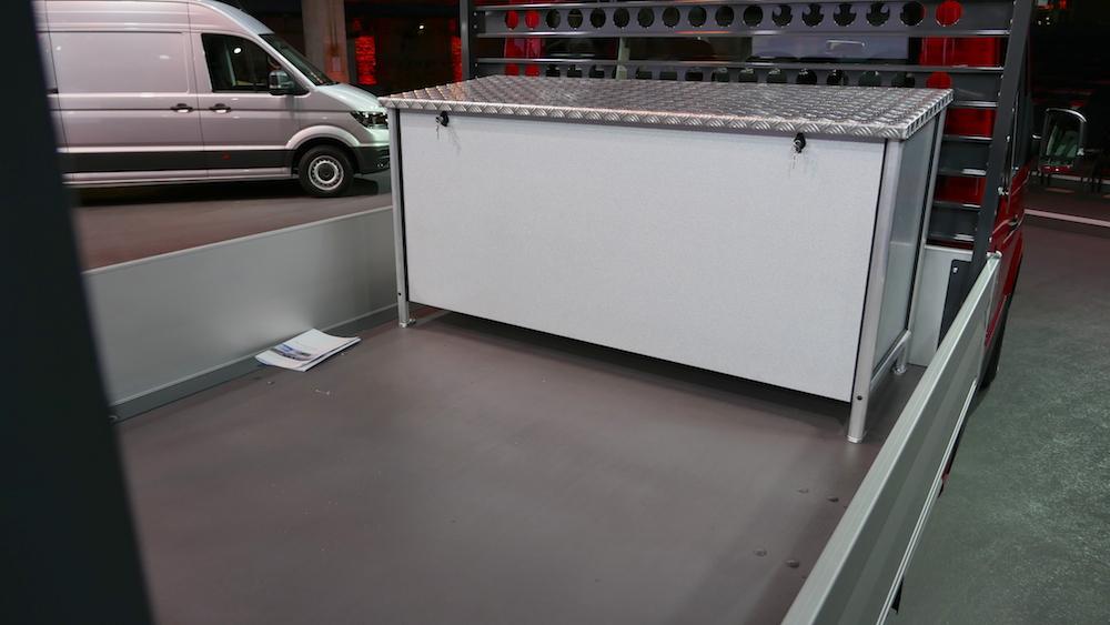 Neuer volkswagen crafter weltpremiere autogef hl for Interieur gegenteil