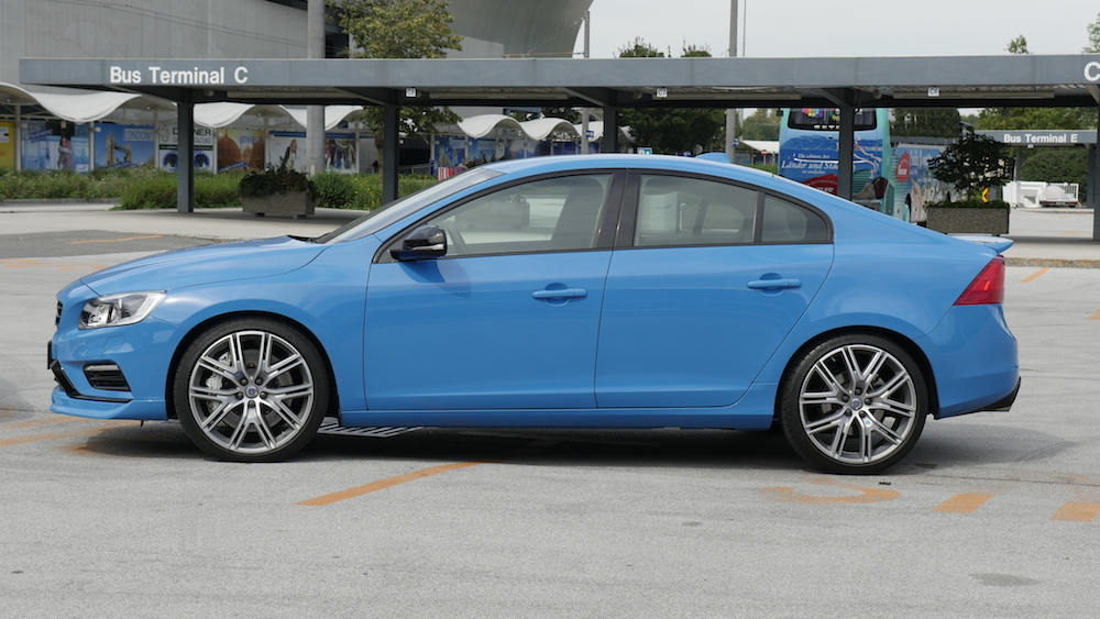 VolvoS60Polestar_RebelBlue_002