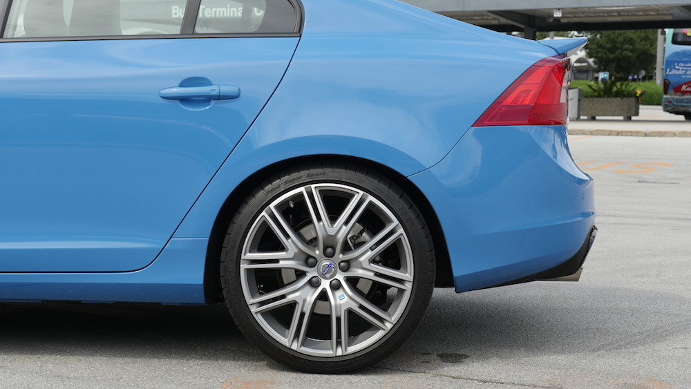 VolvoS60Polestar_RebelBlue_003