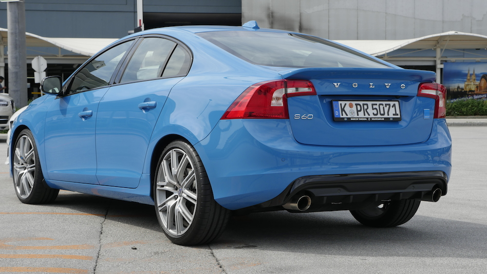 VolvoS60Polestar_RebelBlue_005